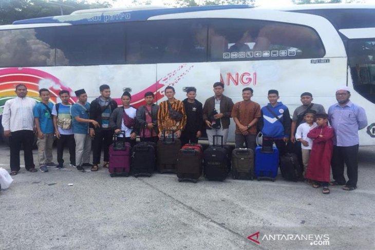 FDP dan Dewan Dakwah Aceh biayai kuliah 35 mahasiswa kurang mampu