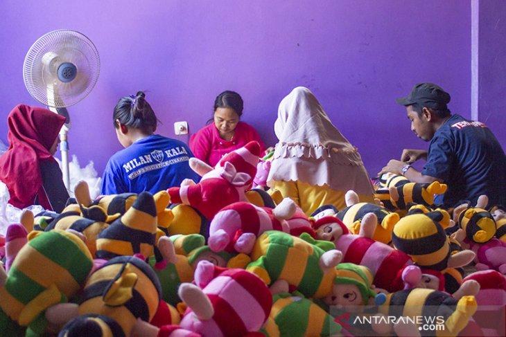 Kampung Boneka di Karawang