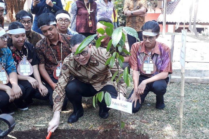 Dekan FIB UI ajak mahasiswa baru  peduli lingkungan