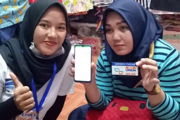 Grebeg Pasar UMKM Go Online jadi solusi pedagang Pasar Senggol Makassar