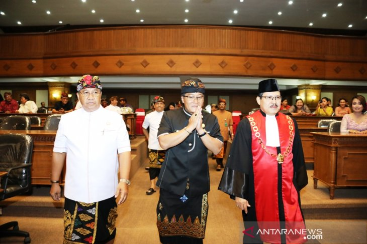 DPRD Badung diminta bekerja sesuai aturan