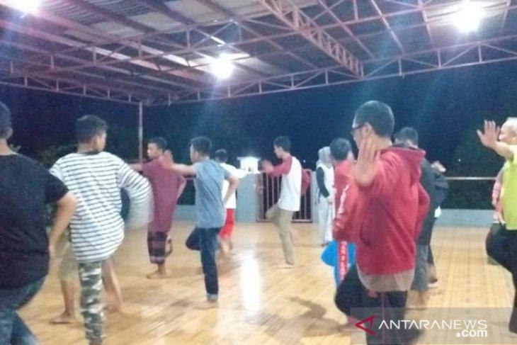 Peserta SMN asal Sultra belajar tarian tradisional Belitung