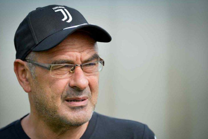 Sarri tak bisa dampingi Juventus di dua pekan awal liga