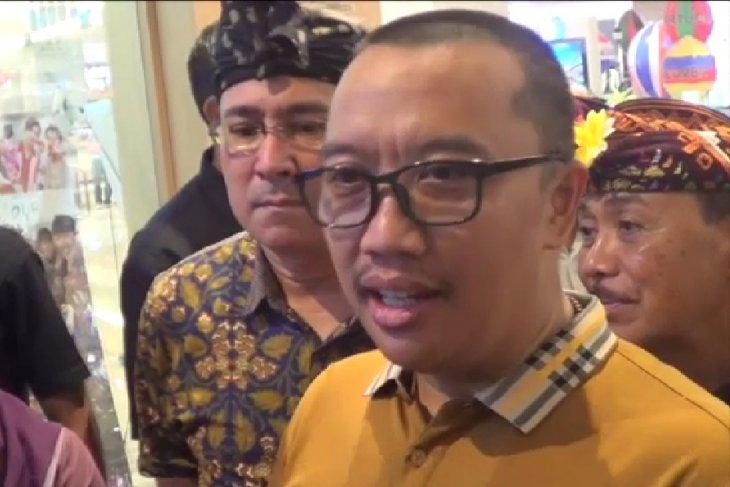 Menpora Ajak puluhan pelajar nonton Bali Beats Of Paradise