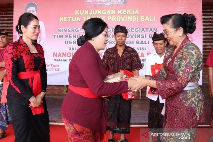 Ketua PKK Bali gandeng 12 OPD ke Jembrana sinergikan program