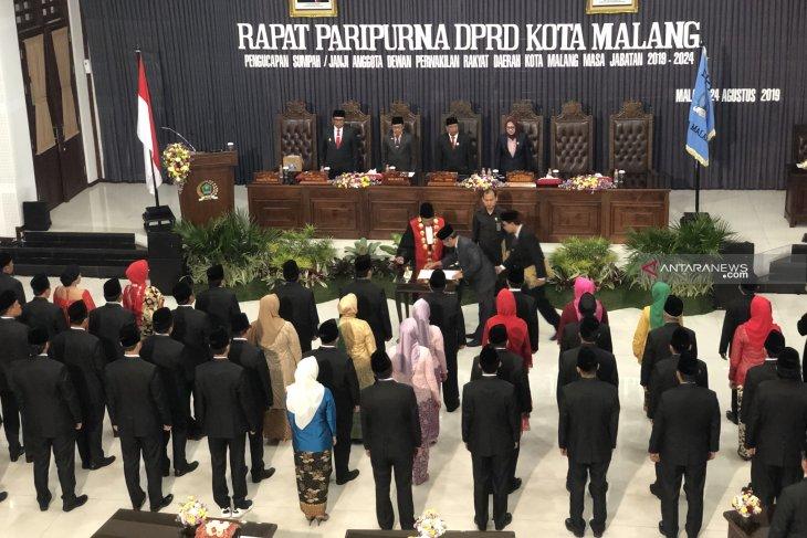 45 anggota DPRD Kota Malang dilantik