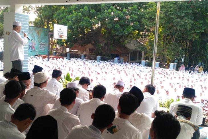 Ratusan siswa SMAN  I Pandeglang di bekali Imtak