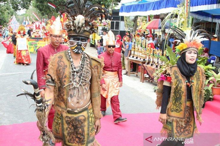 Keunikan Pakaian Adat Jambi Yogyakarta - Baju Adat Tradisional