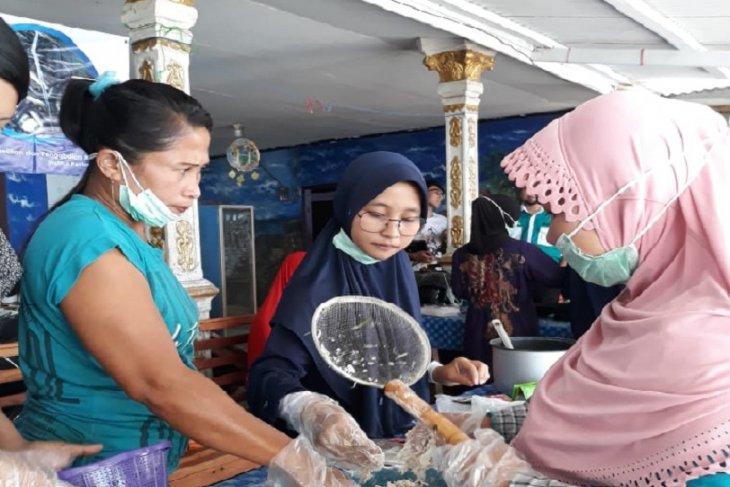 Mahasiswa IPB bantu dorong ekonomi masyarakat pesisir Sukabumi