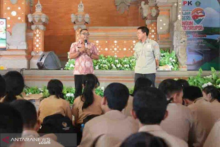 KPK-Pemkab Tabanan tatar pelajar SD-SMA soal antikorupsi