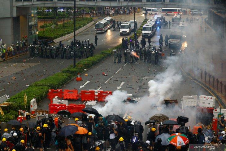 Kerusuhan Hong Kong makin serius