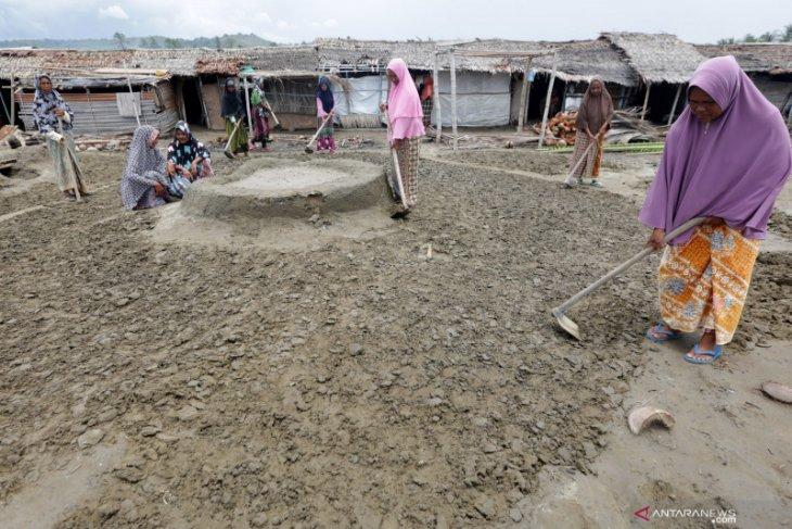 Kementerian Kelautan dan Perikanan Tinjau Lahan Industri Garam di Aceh Utara