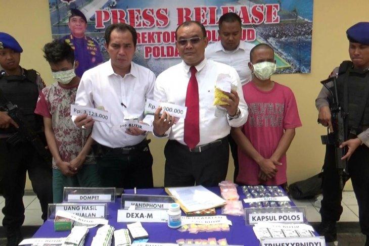 Jual obat ilegal, dua pemuda ditangkap Polair Polda Banten