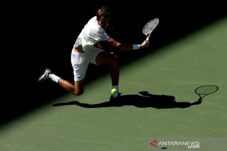 Medvedev maju ke semifinal turnamen Grand Slam untuk pertama kalinya