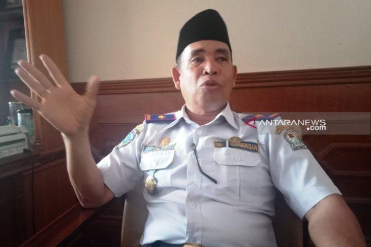 Kemenhub diminta bangun pemecah ombak di Pelabuhan Aceh Barat