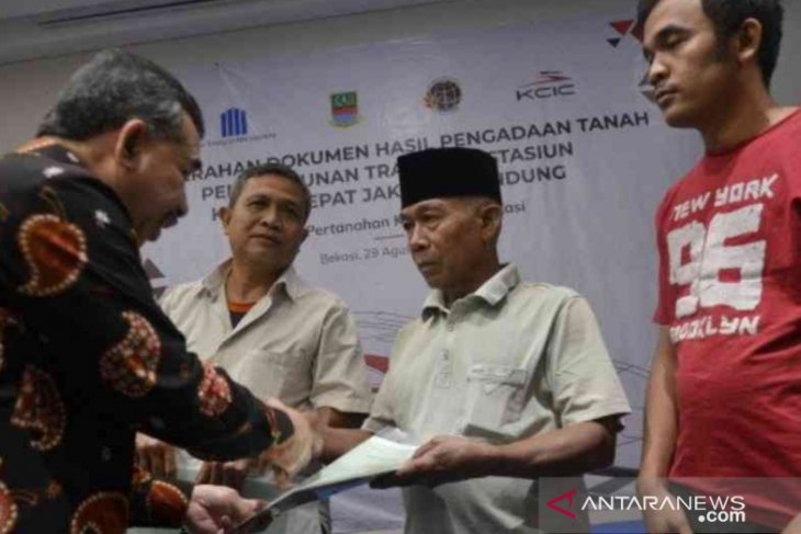 Pembebasan lahan untuk Kereta Cepat Jakarta-Bandung capai 99 persen