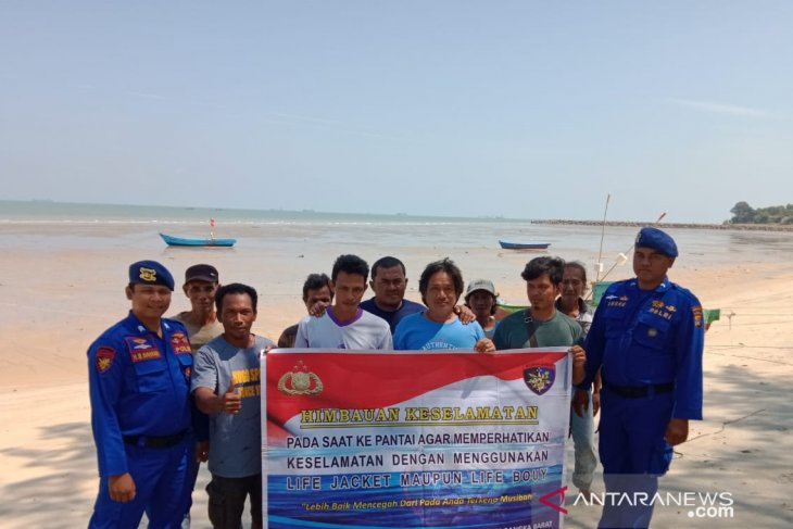 Satpolair Bangka Barat ingatkan nelayan agar waspadai angin kencang