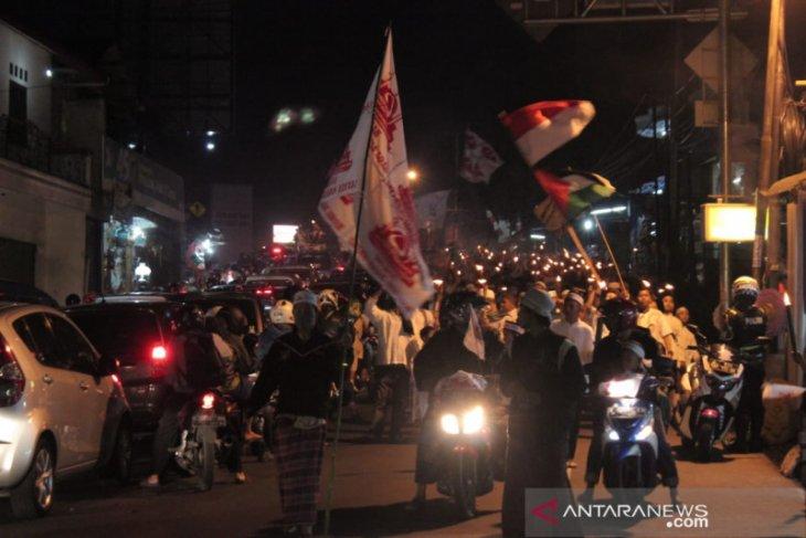 Sambut tahun baru Islam, pawai obor warnai hingga 5 KM jalur Puncak Bogor