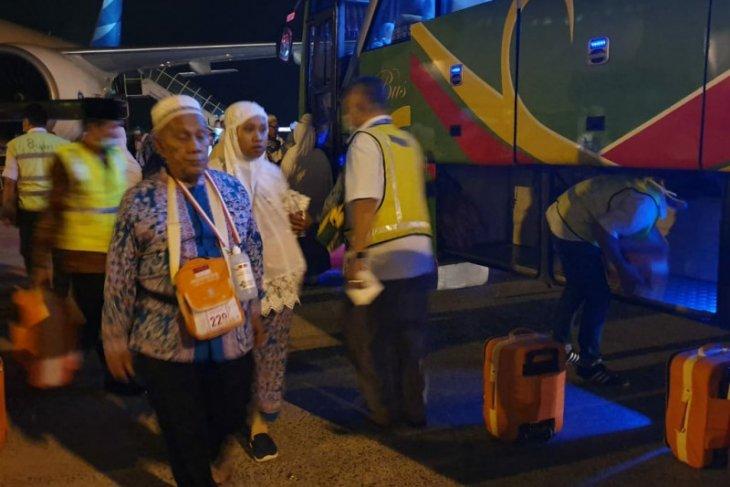 Wali kota minta jamaah haji Padangsidimpuan jadi teladan