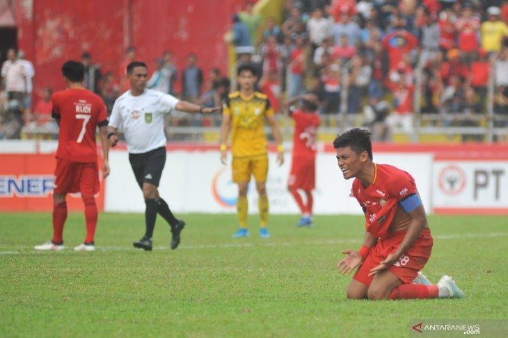 Semen Padang ditundukkan Barito Putra 2-3 di kandang