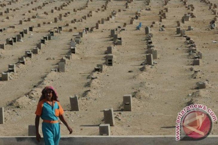 13 haji Jambi meninggal dan dimakamkan di Mekkah