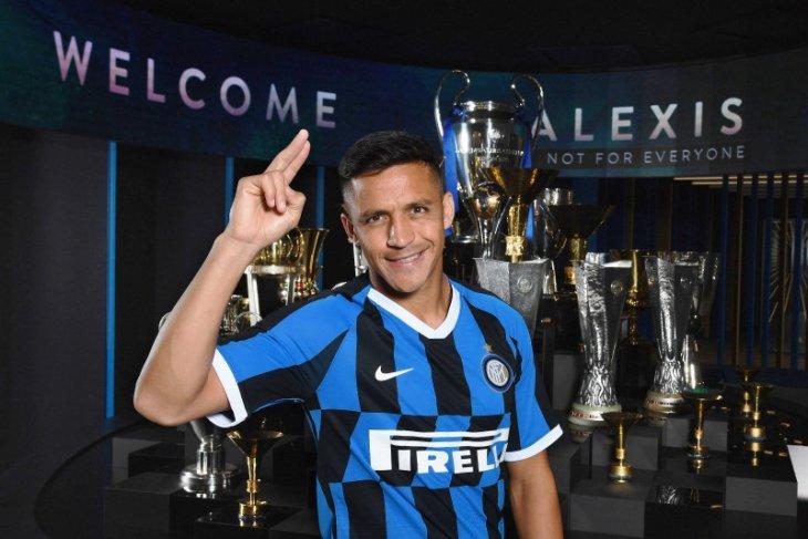 Inter: Alexis Sanchez butuh operasi cedera pergelangan kaki