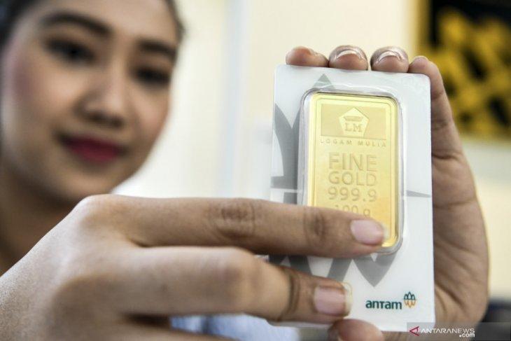 Harga emas Antam turun Rp1000
