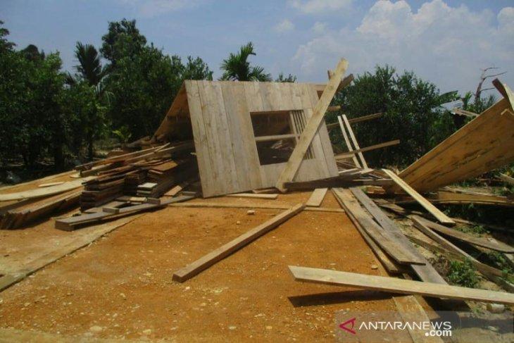 Angin kencang rusak 3 rumah di Aceh Tengah