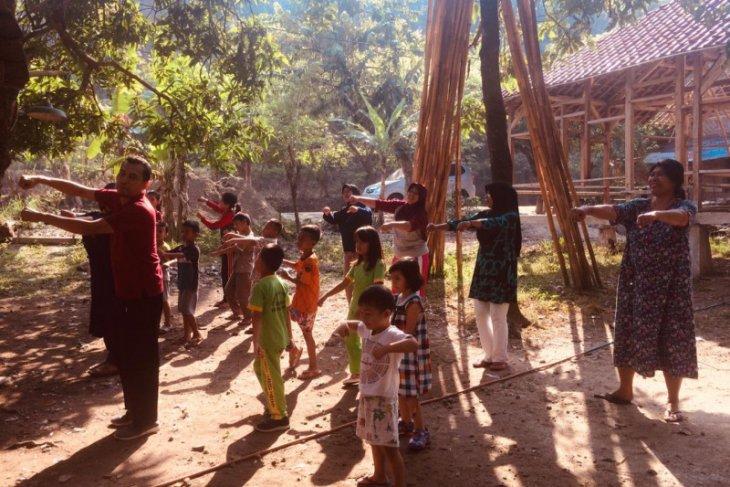 Saung Edukasi Pandali di Lebak suguhkan cerita rakyat