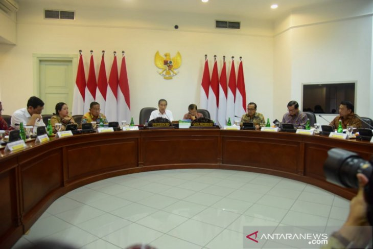 Presiden Jokowi: menteri sebaiknya tidak bersikap seperti