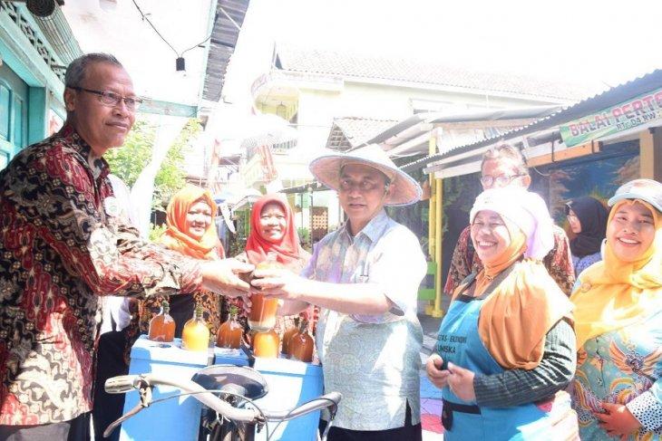 Tim verifikasi kota sehat apresiasi Kampung Jamu di Kediri