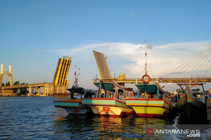 Penumpang kapal laut di Babel turun 52,17 persen