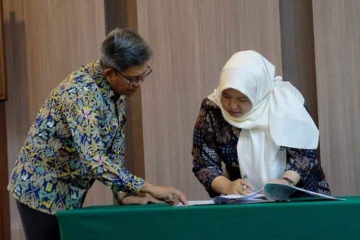 Bupati Muaro Jambi tandatangani penyerahan barang hibah PUPR