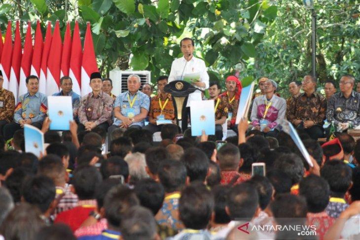 Bupati Landak berterimakasih kepada Presiden terkait Hutan Adat