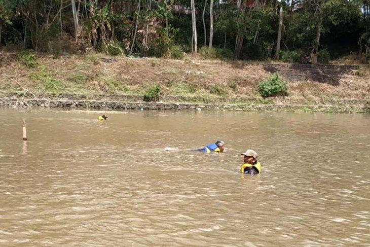 Seorang penambang pasir  tenggelam di Sungai Serayu