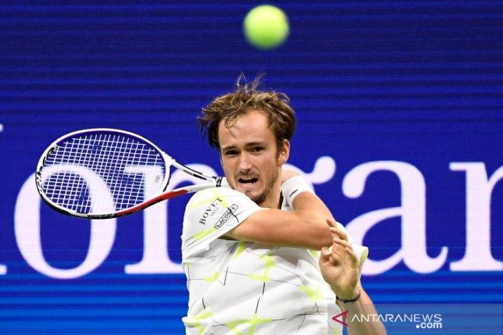 Daniil Medvedev raih kemenangan di St Petersburg  Open