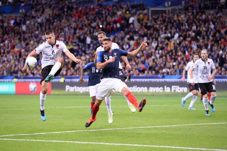 Hasil pertandingan kualifikasi Euro, tiga tim kuat menang besar