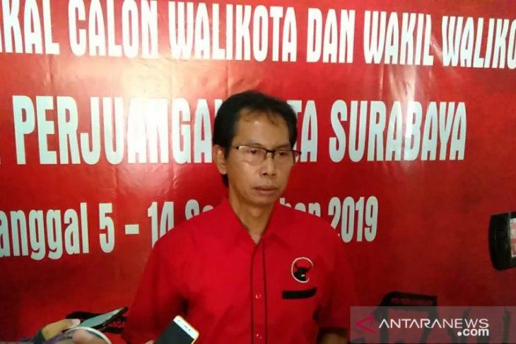 Tiga kandidat ambil formulir pendaftaran bacawali Surabaya di PDIP