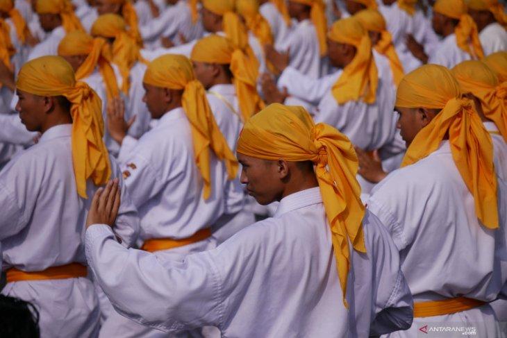 Ribuan karateka Banjarmasin pecahkan rekor MURI