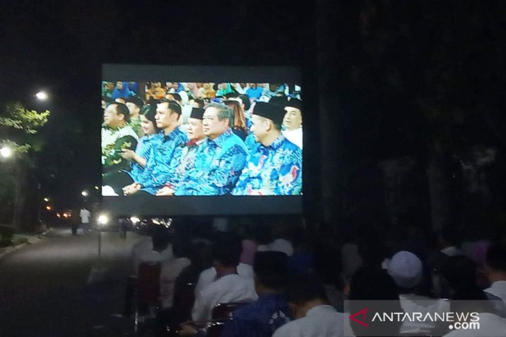 SBY sebut fenomena permusuhan antar komponen, bahayakan rakyat