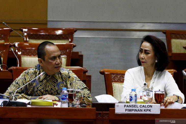 Presiden diminta tidak tergesa terbitkan Perppu KPK
