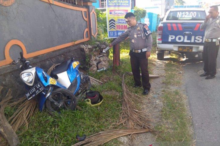 Dua warga tewas akibat laka lantas tunggal di Ambon