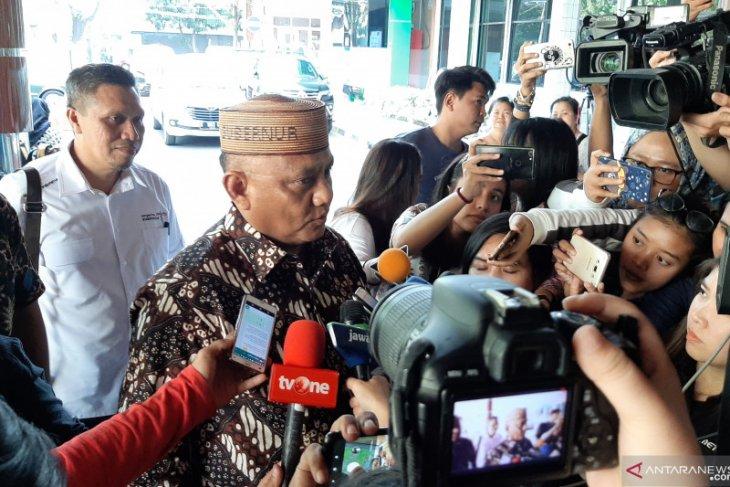 Gubernur Gorontalo sebut keluarga ikhlas Habibie pergi
