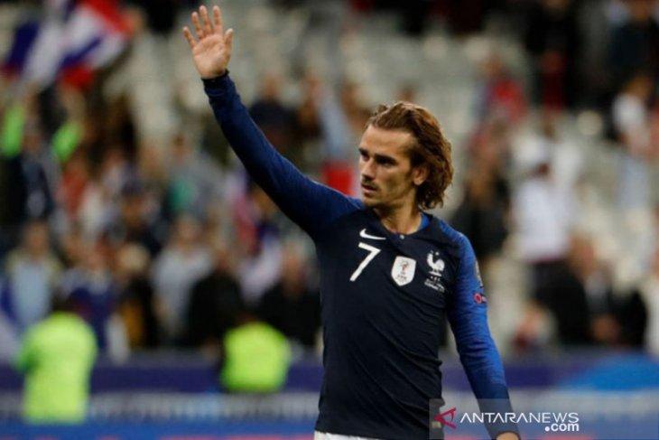 Antoine Griezmann  tidak sakit hati ketika gagal dua kali penalti