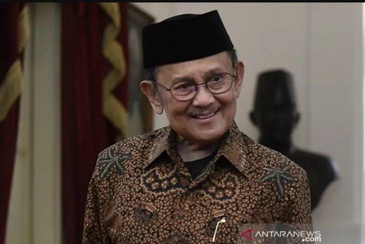 Prabowo turut berduka atas wafatnya BJ Habibie