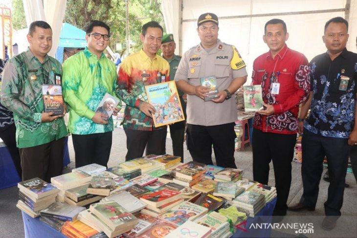 Kandangan Book Fair di gelar selama sepuluh hari