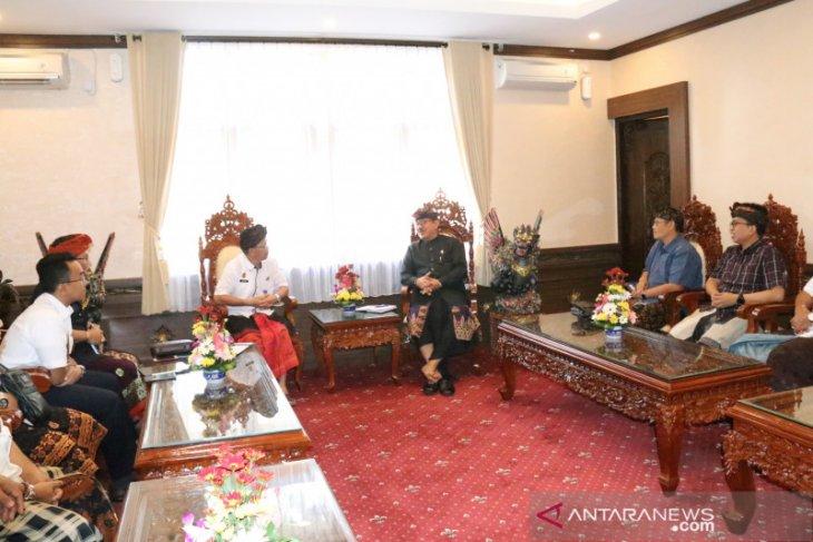 Wagub Bali minta peremajaan kendaraan bandara Ngurah Rai