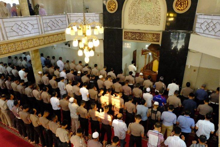 Polda Jambi gelar shalat ghaib doakan almarhum BJ Habibie