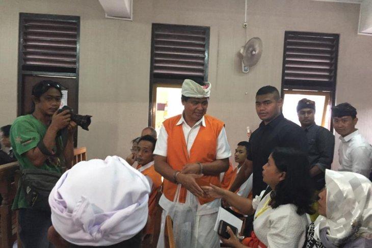 Mantan Wagub Bali jalani sidang perdana
