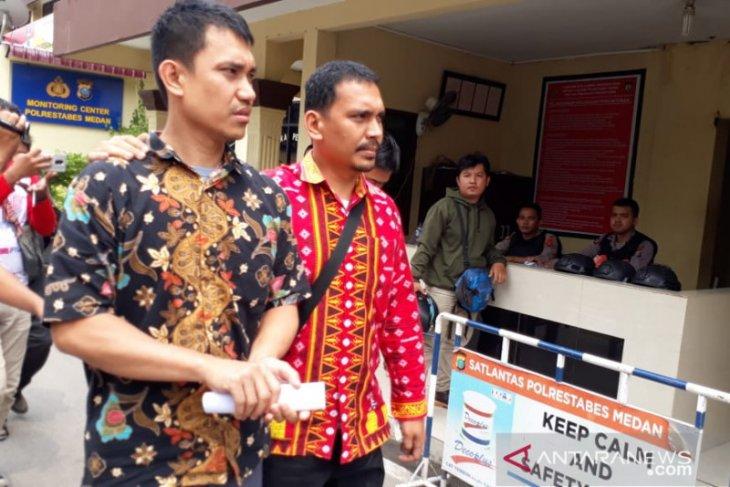 Di parkiran kantor Gubernur Sumut , uang Rp1,6 miliar dalam mobil hilang